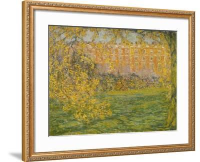 Autumn, Hampton Court; Automne, Hampton Court, 1908-Henri Eugene Augustin Le Sidaner-Framed Giclee Print