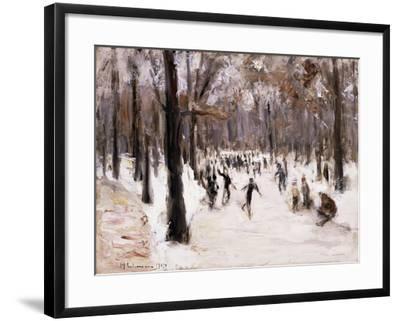 Skaters in the Tiergarten, Berlin; Eislaufer Im Berliner Tiergarten, 1924-Max Liebermann-Framed Giclee Print