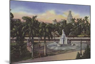 Parque Fraternidad, Estatua De La India, Fraternity Park, India Statue--Mounted Photographic Print