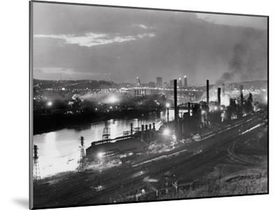 Jones and Laughlin Steel Mill, Pittsburgh, Pennsylvania--Mounted Photographic Print