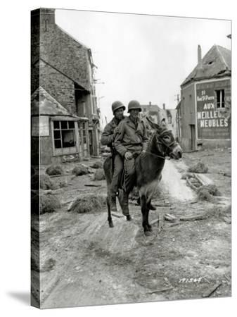 Two U.S. Soldiers, Pfc William Jackson and T4 Joseph King--Stretched Canvas Print