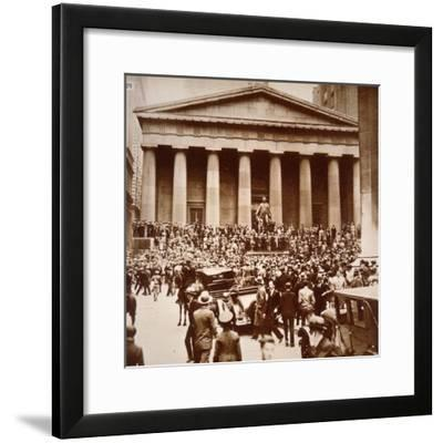 Scene of Panic in Wall Street, New York, 24th October 1929--Framed Photographic Print