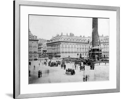 The Vendôme Column One Hour before Destruction, 16th May 1871--Framed Photographic Print