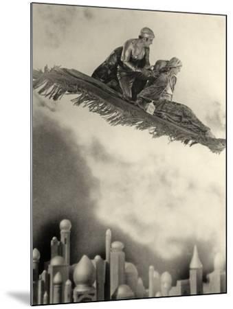 "Douglas Fairbanks Senior Filming ""The Thief of Bagdad"" 1924--Mounted Photographic Print"