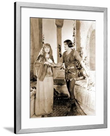 "Enid Bennett and Douglas Fairbanks Senior Filming ""Robin Hood"" 1922--Framed Photographic Print"