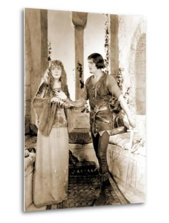 "Enid Bennett and Douglas Fairbanks Senior Filming ""Robin Hood"" 1922--Metal Print"