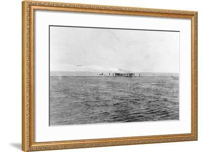 Au Revoir to the Explorers': Shackleton's Last Sight of the 'Discovery' Crew from the 'Morning'--Framed Photographic Print