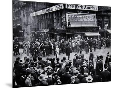 As the Reports of the Sinking of the Titanic Arrived in New York--Mounted Photographic Print