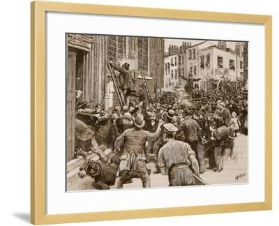 Scene in the Birmingham 'No Popery' Riots--Framed Giclee Print