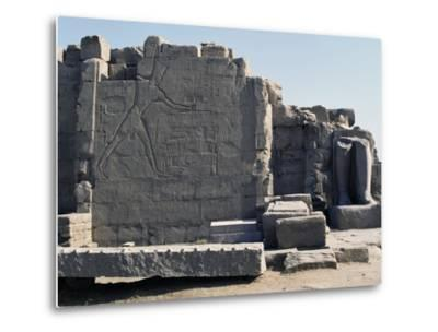 Thutmose III Imprisoning the Hittites, Relief, Rear of the Seventh Pylon, Karnak Temple Complex--Metal Print