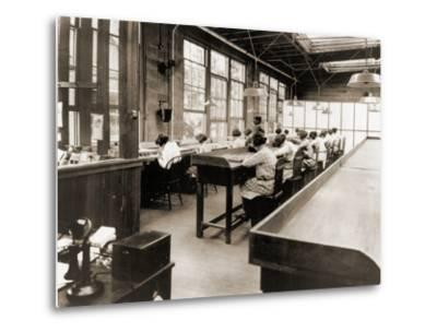 Radium Girls Work in a Factory of the United States Radium Corporation. C.1922--Metal Print