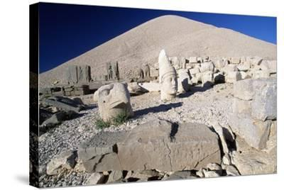 Colossal Heads and Tumulus of King Antioch I of Commagene, West Terrace, Nemrut Dagi--Stretched Canvas Print