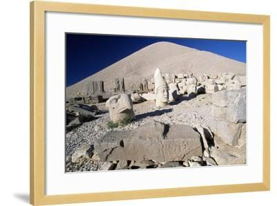 Colossal Heads and Tumulus of King Antioch I of Commagene, West Terrace, Nemrut Dagi--Framed Photographic Print