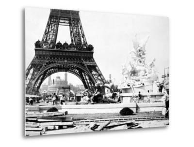 Constructing the Fountain St. Vidal Near the Eiffel Tower, Paris Exhibition, 1889--Metal Print