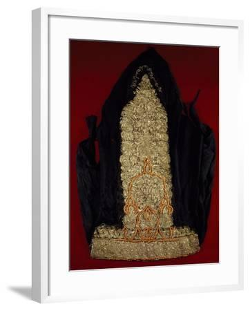 Mack-Muck Women's Headcover in Embroidered Fabric with Silver Braided Chain--Framed Giclee Print