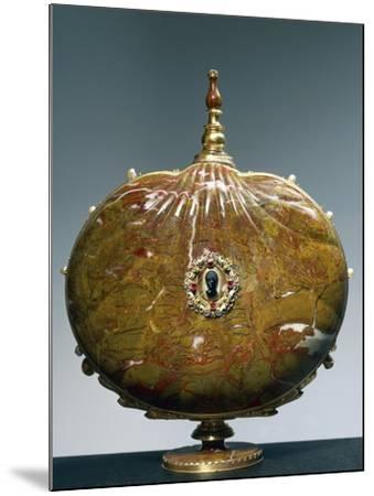 Flask Once Belonging to Catherine De Medici with Medallion Depicting Moor's Head--Mounted Giclee Print
