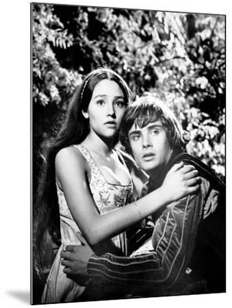 Romeo and Juliet--Mounted Photo
