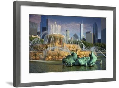 USA, ILlinois, Chicago, Buckingham Fountain in Downtown Chicago-Petr Bednarik-Framed Photographic Print