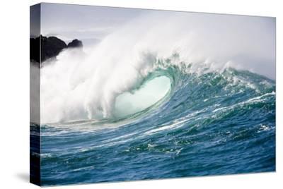 Breaking Waves at Waimea Bay, Oahu, Hawaii-Ron Dahlquist-Stretched Canvas Print