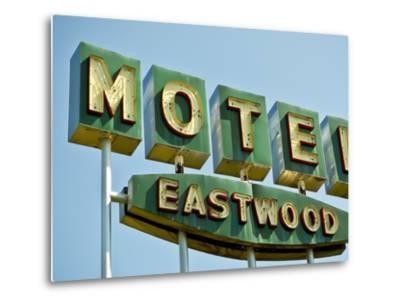 Vintage Motel III-Recapturist-Metal Print