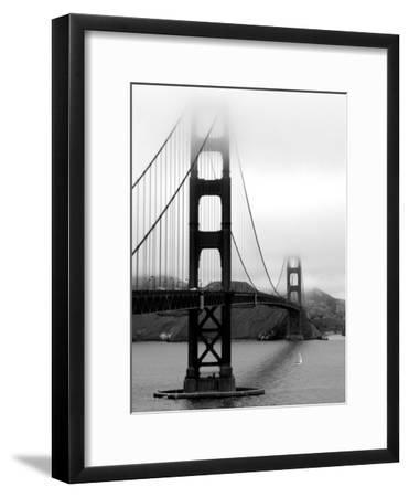 Golden Gate Bridge-Federica Gentile-Framed Premium Photographic Print