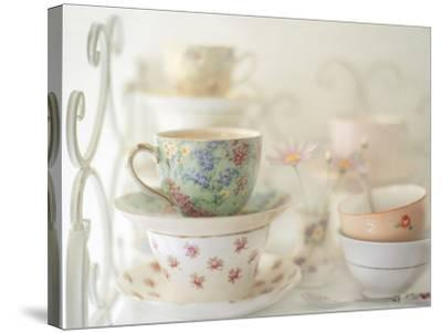 Teacups on White-Sharon Lapkin-Stretched Canvas Print
