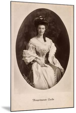 Passepartout Kronprinzessin Cecilie, Kleid, Npg 4652--Mounted Giclee Print