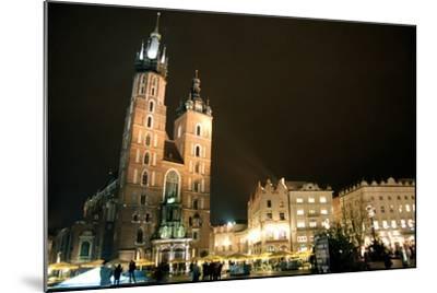 St. Mary's Basilica, Market Square, Krakow, Poland--Mounted Photographic Print