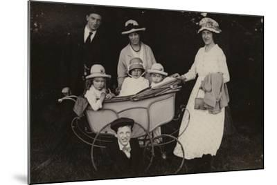 Family Portrait, 1920--Mounted Photographic Print