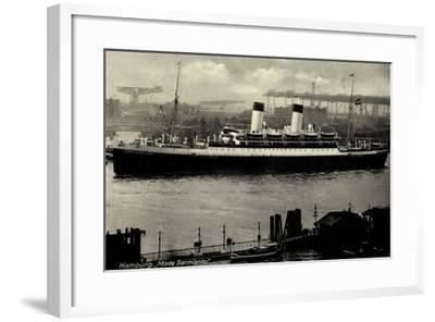 Hamburg, HSDG, Dampfschiff Monte Sarmiento, Hafen--Framed Giclee Print