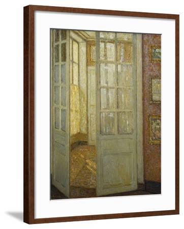 Intimite Rose Et Or, Versailles, 1930-Henri Eugene Augustin Le Sidaner-Framed Giclee Print