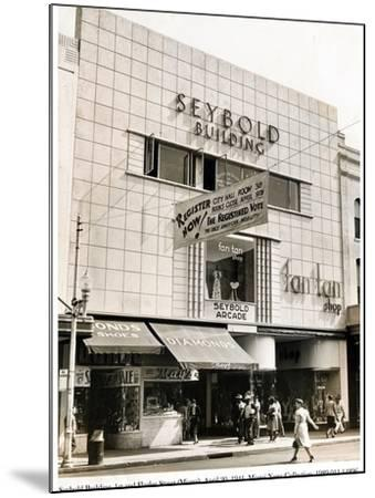 Seybold Building, 1st and Flagler Street, Miami, 20 April 1941--Mounted Photographic Print