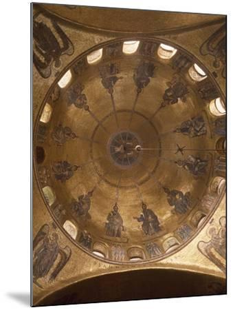 Dome of Pentecost, Mosaic in St. Mark's Basilica, Venice, Italy, 12th Century--Mounted Giclee Print
