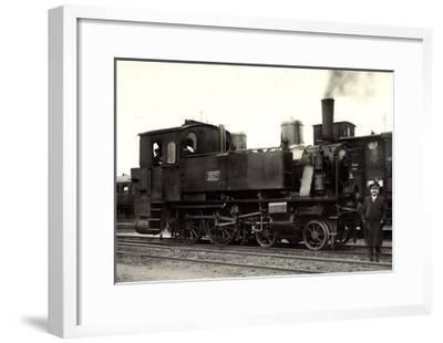 Foto Deutsche Dampflok Nr. 6501, KraUSS 6202, 1909--Framed Giclee Print