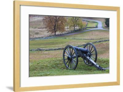 USA, Pennsylvania, Gettysburg, Battle of Gettysburg, Civil War Cannon-Walter Bibikow-Framed Photographic Print