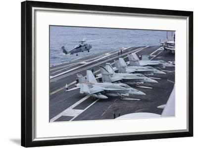 An Mh-60R Sea Hawk Lands on the Flight Deck of USS Carl Vinson--Framed Photographic Print