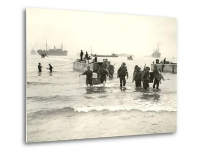 American Forces Landing at Arzew, Algeria During Operation Torch--Metal Print