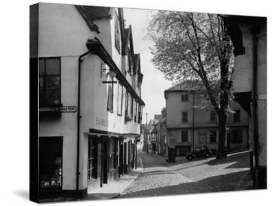 England, Norwich--Stretched Canvas Print
