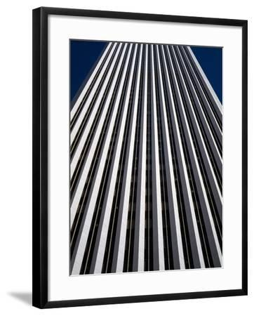 Low Angle View of the Aon Center, Chicago Loop, Chicago, Cook County, Illinois, USA--Framed Photographic Print