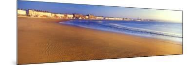 Beach, Weymouth, Dorset, England--Mounted Photographic Print