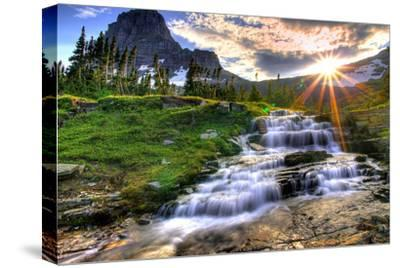 Glacier National Park, Montana - Mt. Reynolds and Sun Rays-Lantern Press-Stretched Canvas Print