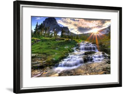 Glacier National Park, Montana - Mt. Reynolds and Sun Rays-Lantern Press-Framed Art Print