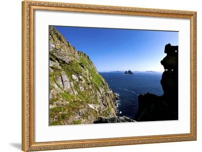 Skellig Michael, County Kerry-Chris Hill-Framed Photographic Print