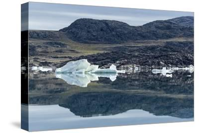 Melting Icebergs, Repulse Bay, Nunavut Territory, Canada-Paul Souders-Stretched Canvas Print