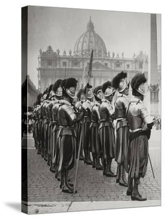 Swiss Guards at San Pietro, Vatican-Luigi Leoni-Stretched Canvas Print