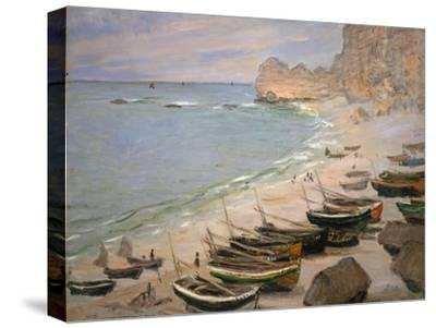 Beach with Boats at Etretat, 1883-Claude Monet-Stretched Canvas Print