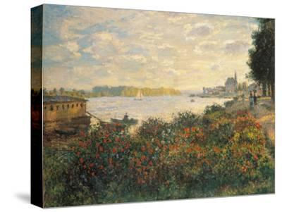 Red Flowers at the Bank at Argenteuil, 1877-Claude Monet-Stretched Canvas Print