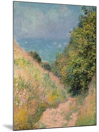 The Path of La Cavée at Pourville, 1882-Claude Monet-Mounted Giclee Print
