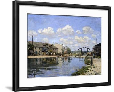 The Canal Saint-Martin, Paris, 1872-Alfred Sisley-Framed Giclee Print