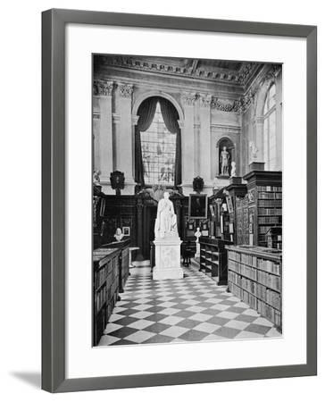 Lord Byron's Statue, Trinity College Library, Cambridge, 1902-1903-HC Leat-Framed Giclee Print